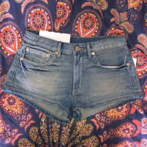 uo bdg mid rise shorts